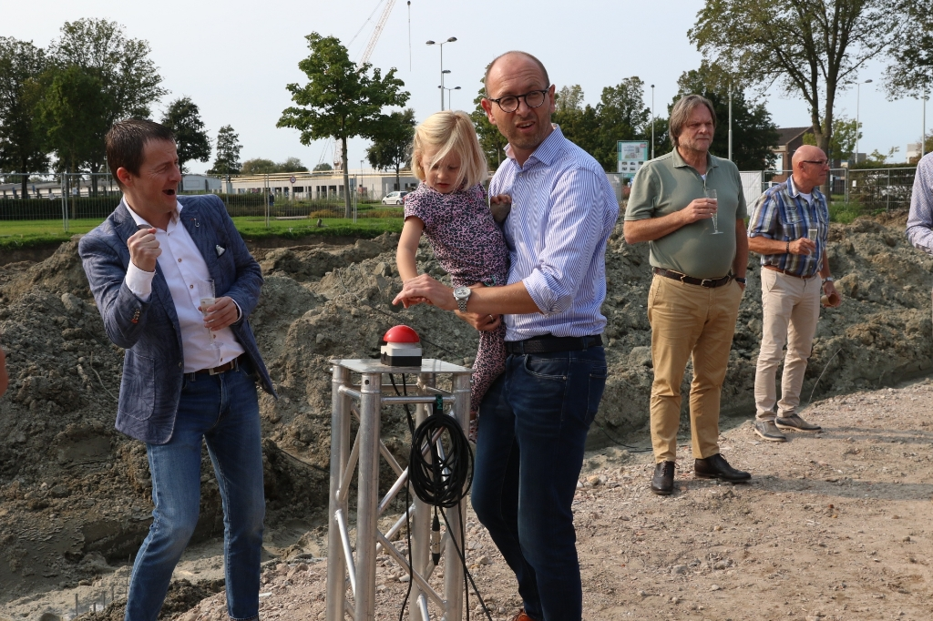 w © GGOF.nl