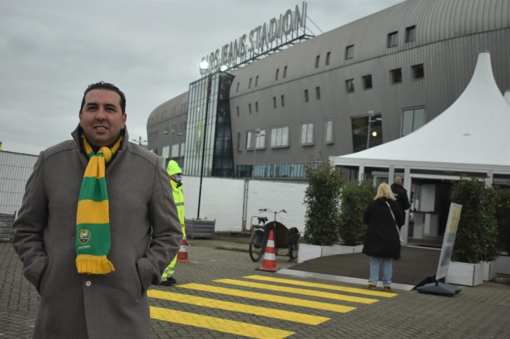 <p>Mohammed Hamdi, algemeen directeur van ADO Den Haag gaf aan blij te zijn een bijdrage te kunnen leveren.</p>  © Groot-Westland.nl