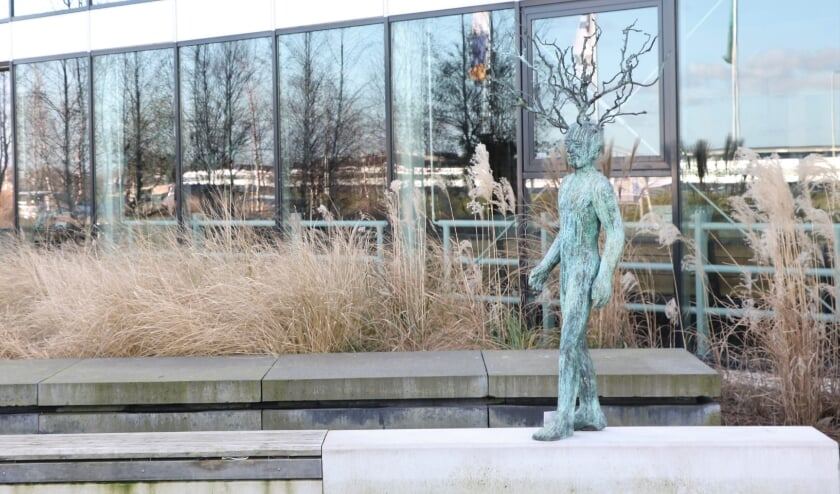 <p>Na afwezigheid van ruim twee jaar siert De Groendenker weer het Westlandse straatbeeld. Foto: (PR)</p>