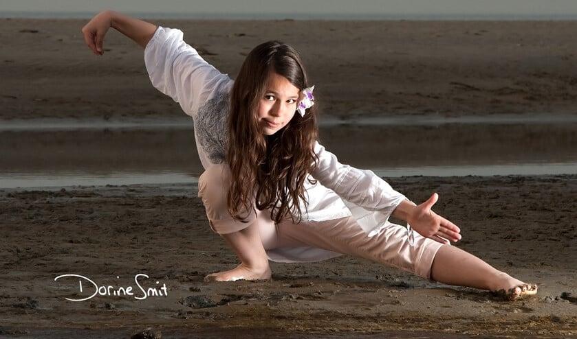 <p>Door eenvoudige langzame vloeiende bewegingen komt je lichaam in balans en ontstaat ruimte voor innerlijke rust, liefde, vrede en vreugde. </p>
