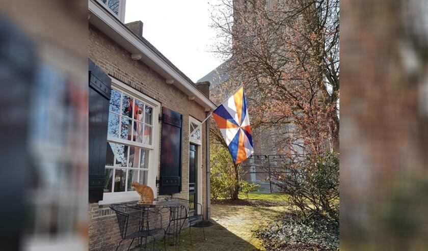 <p>Op veel plekken hangt de Geuzenvlag al!</p>
