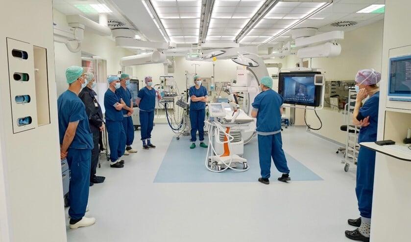De officiële opening van de vernieuwde hybride operatiekamer