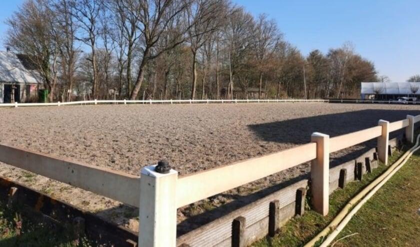 <p>Dressuur- en Trainingsstal Maya de Hoog is gevestigd aan de Papedijk 5, &rsquo;s-Gravenzande. Foto: (PR)</p>