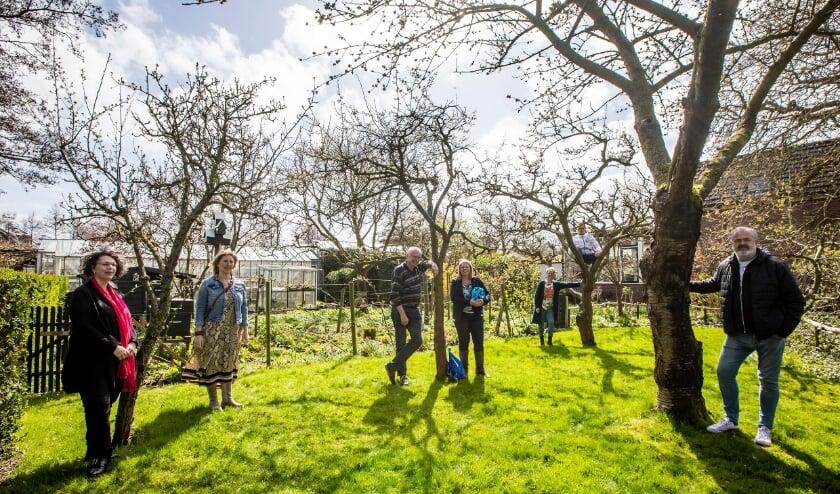 <p>Vlnr: De Vereeniging, Fietsen voor m&rsquo;n eten, Stichting School&rsquo;s cool Westland en Stichting Cleanup Team Westland. Foto: (PR/Thierry Schut)&nbsp;</p>