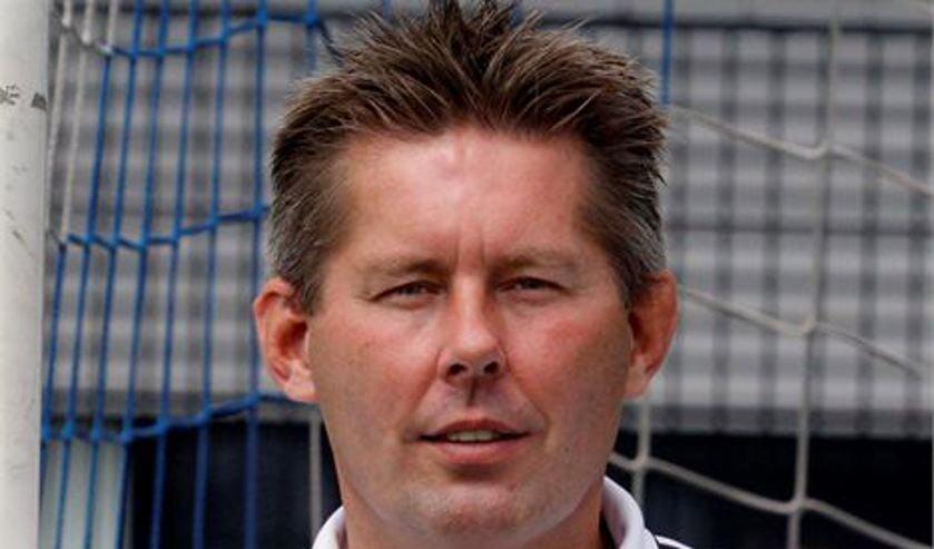 vv Spijkenisse trainer Peter Wubben