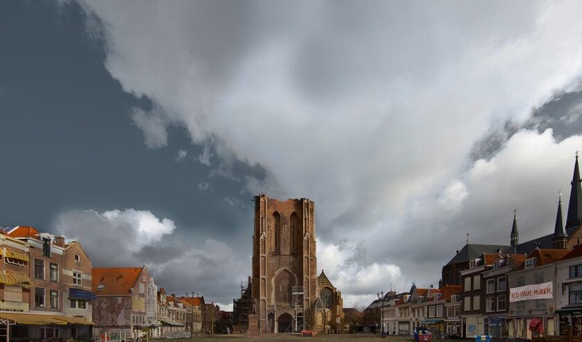 Een vervallen Markt en een ingestorte Nieuwe Kerk: met dit gephoshopte schrikbeeld moeten Delftenaren wakker worden geschud over het belang van de restauratie.