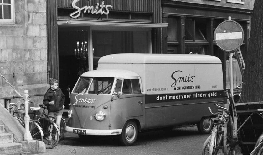<p>Smits in de jaren &#39;60 op de Voldersgracht</p>