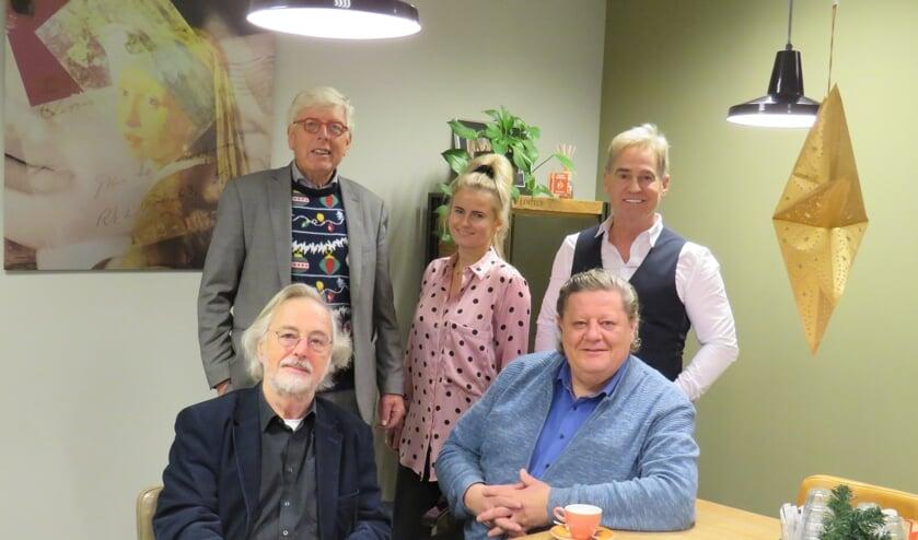 <p>De vakjury v.l.n.r, v.b.n.o.: Leo Quack, Cheyenne Toetenel, Leo Rontberg, Stef Breukel, Herman Weyers en Evelien van der Kruit - afwezig op foto. (Foto is pre-coronatijd gemaakt)&nbsp;</p>