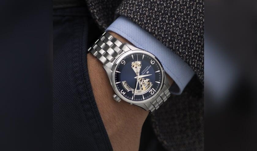 <p>Van Loenen is een offici&euml;le dealer van Hamilton horloges</p>
