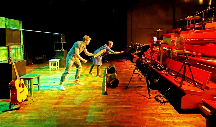 In het Rietveld Theater vinden nu nog voorstellingen plaats zonder publiek (Foto: Koos Bommelé)
