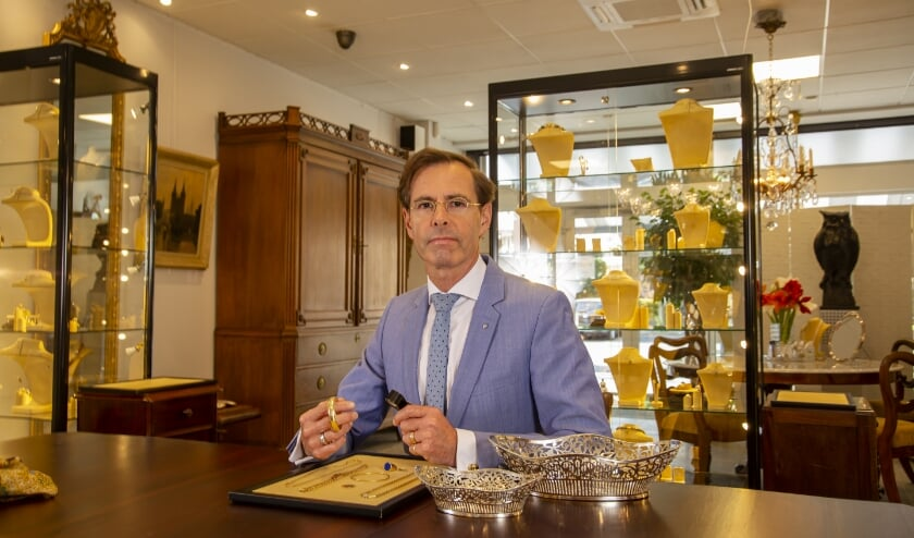 Chris van Waes, Juwelier, Antiquair uit Poeldijk