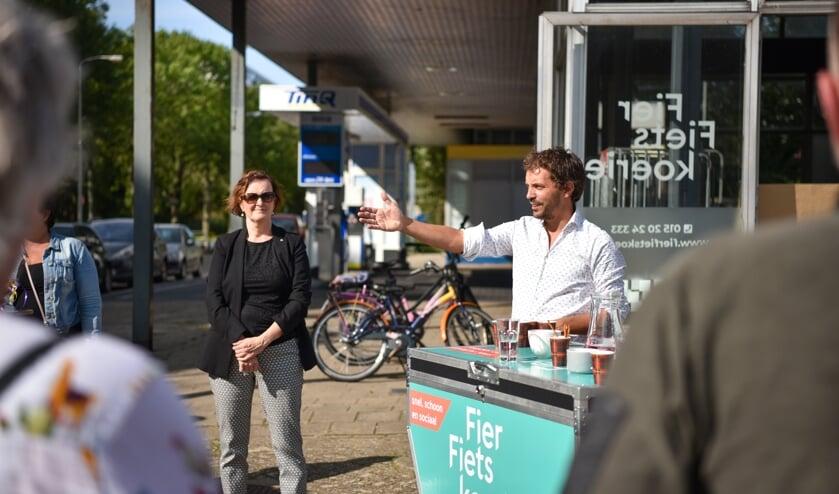 Wethouder Martina Huijsmans opent sociale onderneming Fier Fietskoerier