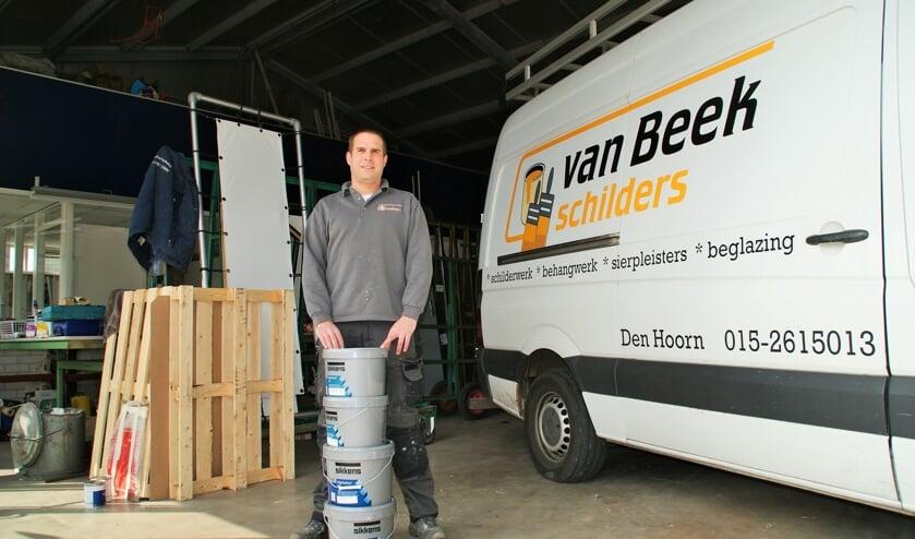 <p>Thijs van Beek, inmiddels alleen aan het roer bij Van Beek Schilders. (foto: ML)</p>