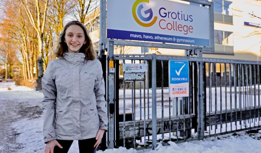 <p>Solenne raadt tweetalig onderwijs op het Grotius College zeker aan (Foto: Koos Bommel&eacute;)</p>
