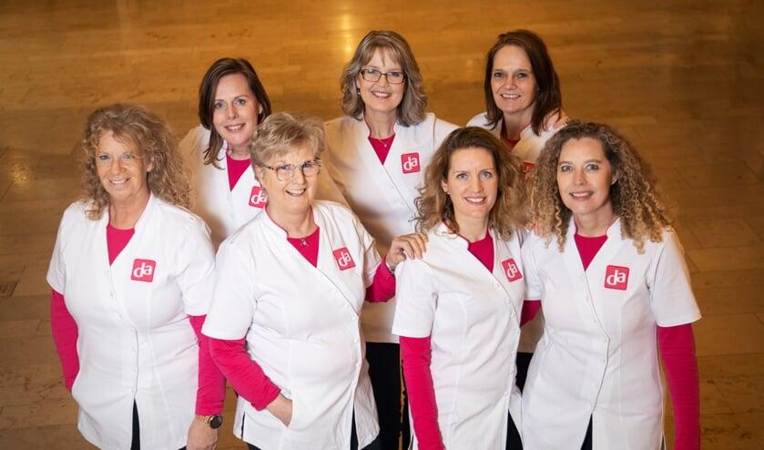 <p>Het team van DA Drogisterij & Parfumerie Voel je goed</p>
