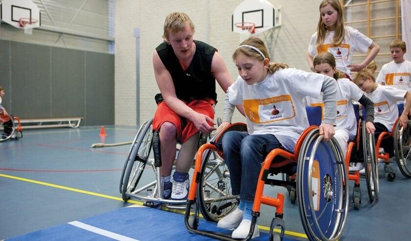 <p>Sporten is voor iedereen goed, ook voor mensen met een lichamelijke beperking.</p>