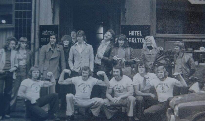 <p>De Delftse Bodybuilders van Sportschool Olympus deden ook mee aan internationale wedstrijden zoals hier in Luxemburg in 1974</p>
