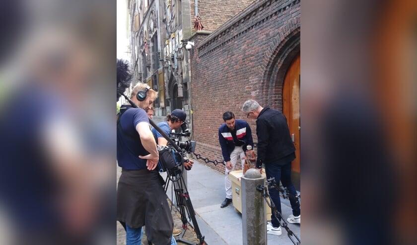 <p>In zes afleveringen gaat Delftenaar Paul van Berkel op zoek naar de belangrijkste verhalen van zijn stad. (Foto: PR) </p>