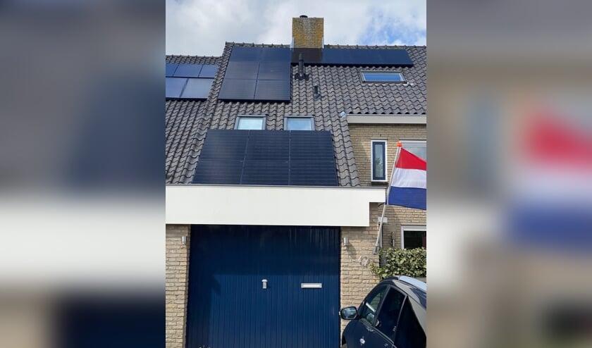 <p>Zonnepanelen ge&iuml;nstalleerd door van Oyen Advies & Installatie</p>