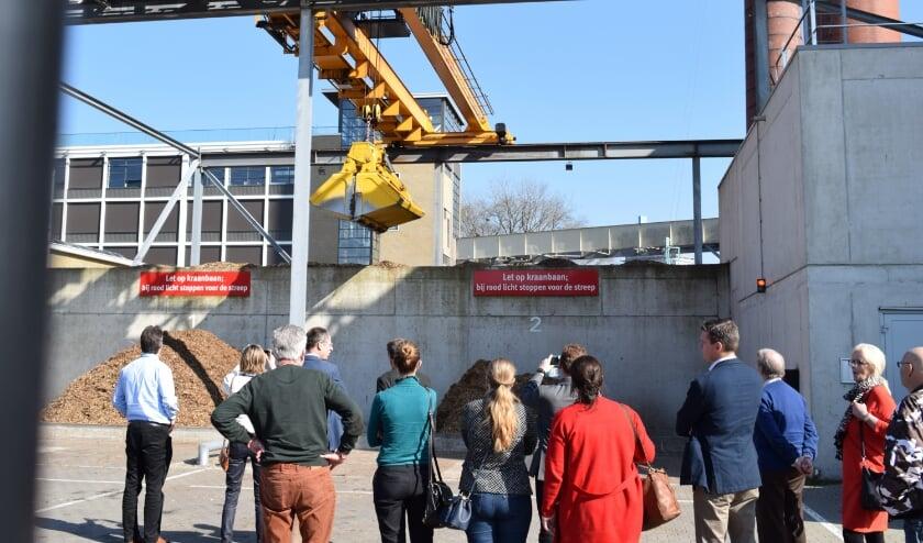 <p>In 2019 gingen college en raadsleden van Waddinxveen langs bij een biomassacentrale in Eindhoven.</p>