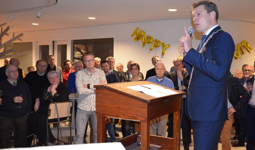 Burgemeester Nieuwenhuis wil een vuurwerkverbod, ook in Waddinxveen. (foto en tekst: Nicole Lamers)