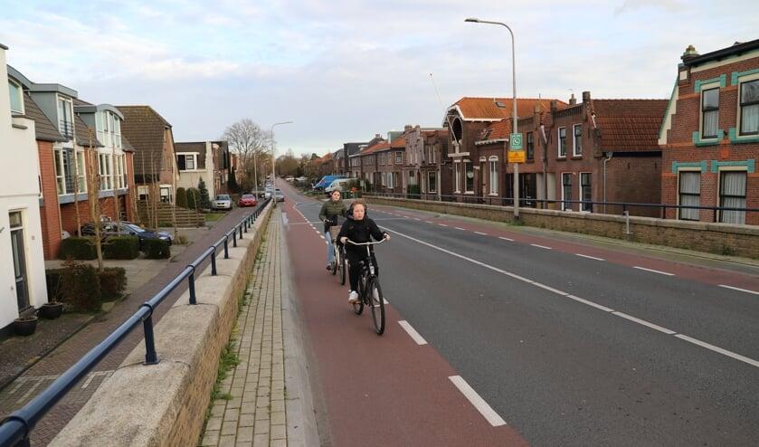 <p>De Brugweg is de belangrijkste ontsluitingsweg voor nieuwbouwwijk Reeswijk II in Bodegraven-Reeuwijk.</p>