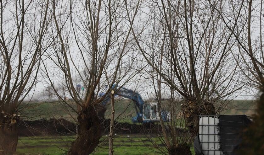 <p>De grond wordt bouwrijp gemaakt bij VV Moordrecht.</p>