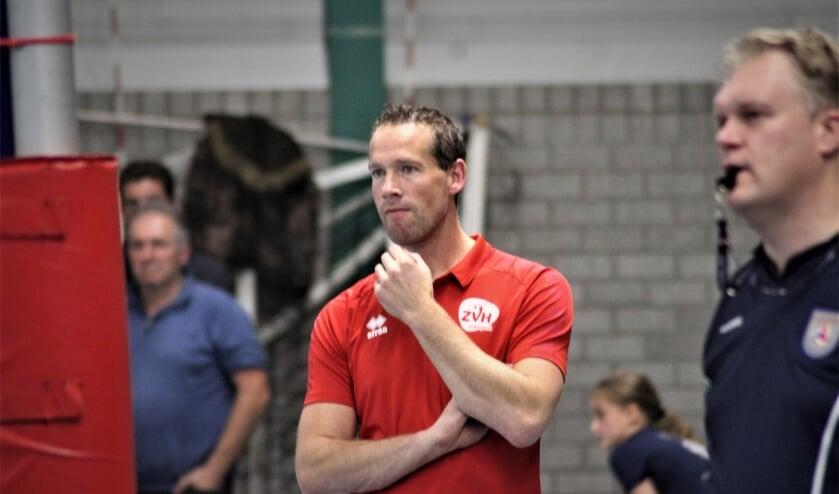 <p>Trainer Kristian van der Wel ziet potentie in Van Iperen.</p>