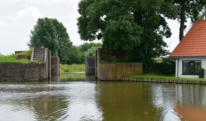 <p>&ldquo;Het is te laat voor de Snelle Sluis en andere verdwenen monumenten, maar op tijd om ander erfgoed een passende behandeling te geven.&rdquo;</p>