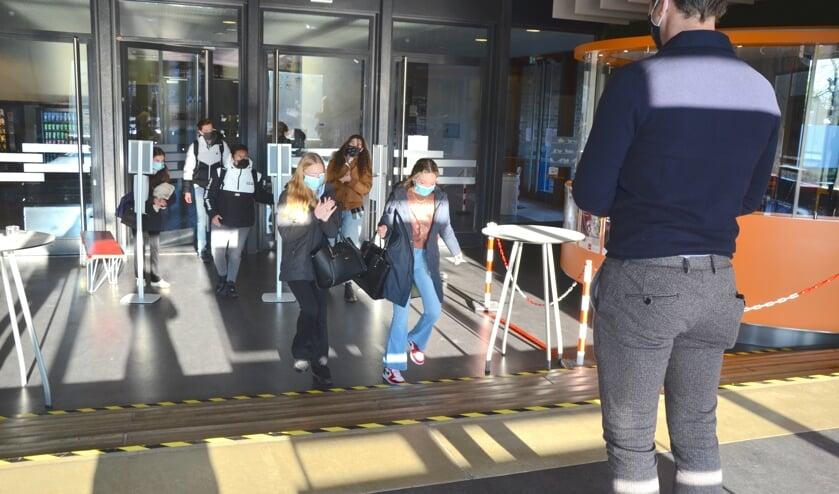 <p>Sinds maanden ontving het Comenius College dinsdag weer meer dan 200 leerlingen.</p>