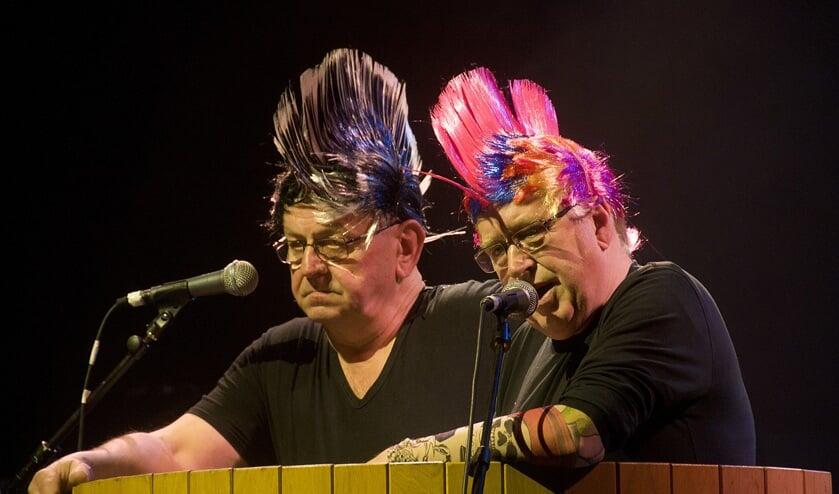 Christ Broks en Frans van den Broek met 'duistere' Zijtaartse zaken (Foto's: Aard van Hoof)