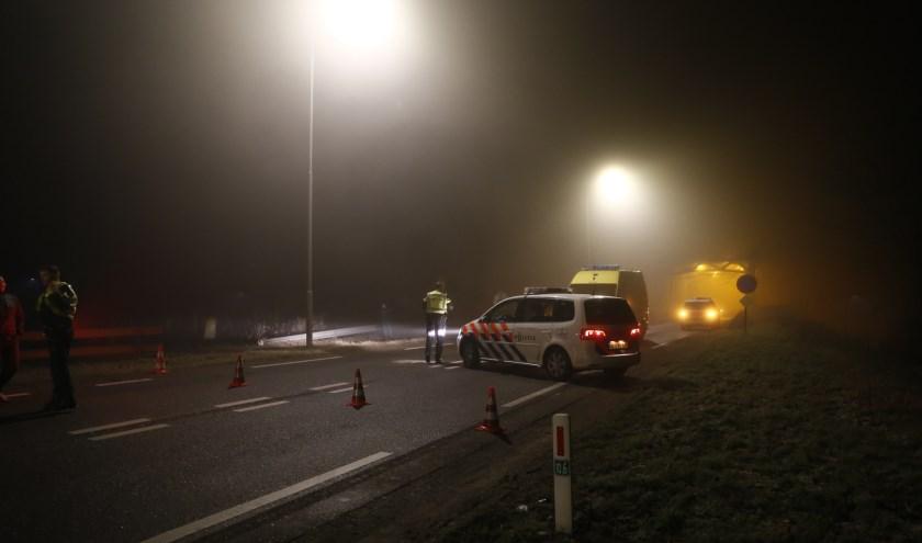 Thompsonbrug bij Grave afgesloten voor verkeer. (foto: SK-Media)