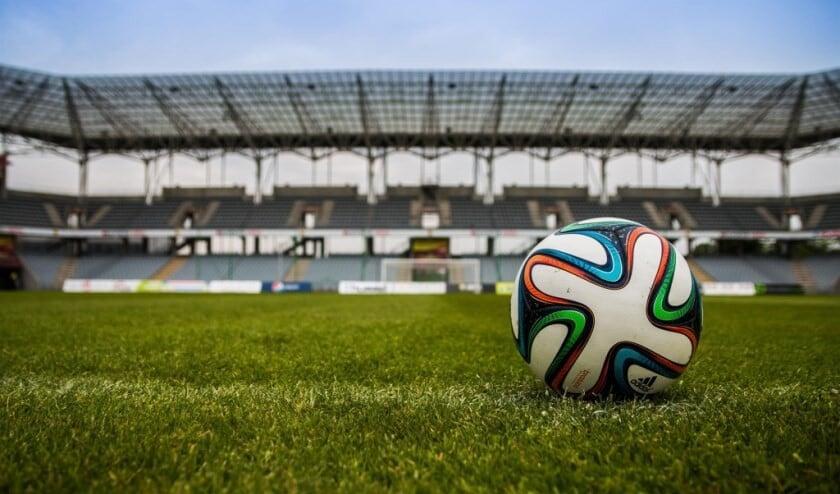 <p>Doe mee met de Voetbal Poule van De Maas Driehoek.</p>