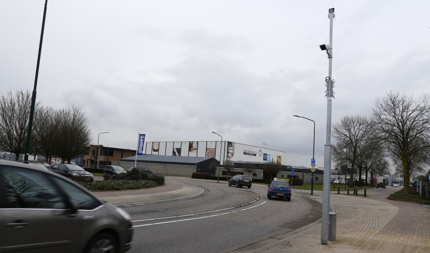 Camera's registreren voortaan 'live' verdachte situaties op industrieterrein De Beijerd en 't Riet. (foto: SK-Media)