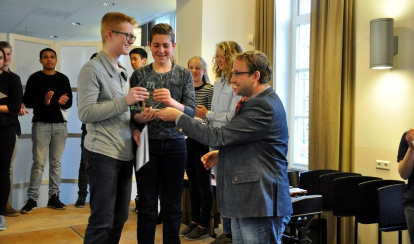 Uitreiking Meierijstad cup door wethouder Menno Roozendaal aan Thomas & Mathijs Lemmens
