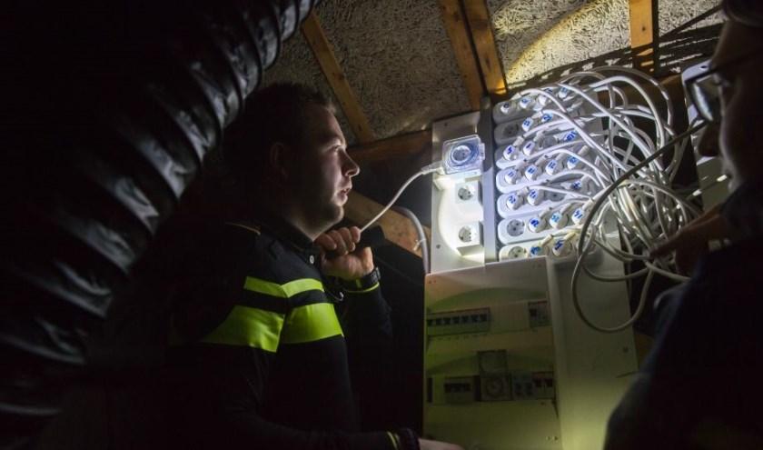 De politie van Boxmeer heeft donderdag een hennepkwekerij ontmanteld. (foto: Facebook Politie Boxmeer)