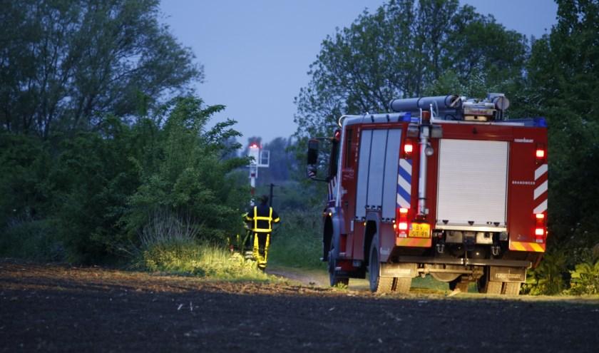 Drugsafval gedumpt in natuurperceel nabij de Maas in Heijen. (foto: SK-Media)