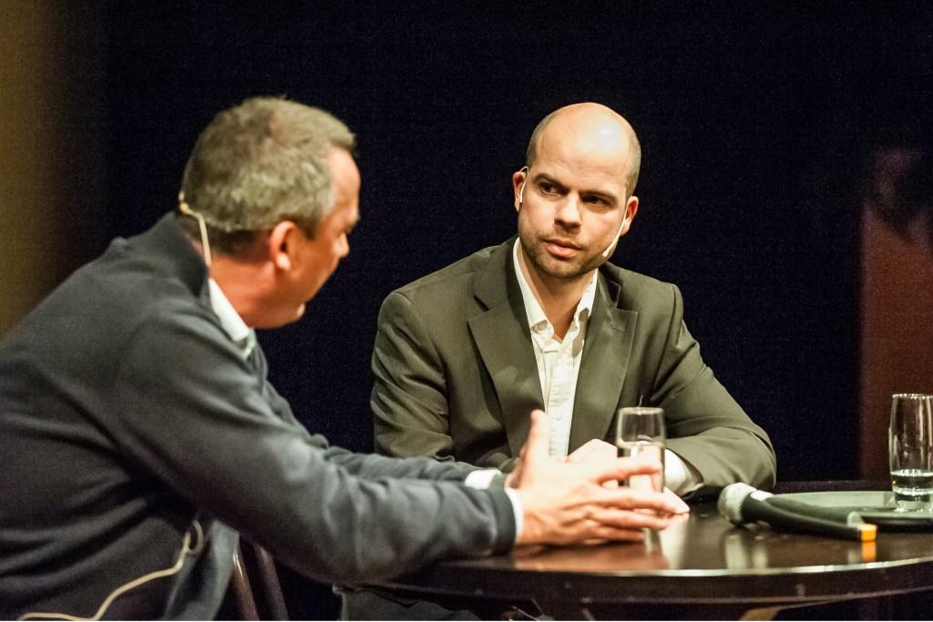INSET LINKS: In gesprek met voetbaltrainer René Meulensteen. (archieffoto: Arjan Broekmans)  © Kliknieuws De Maas Driehoek