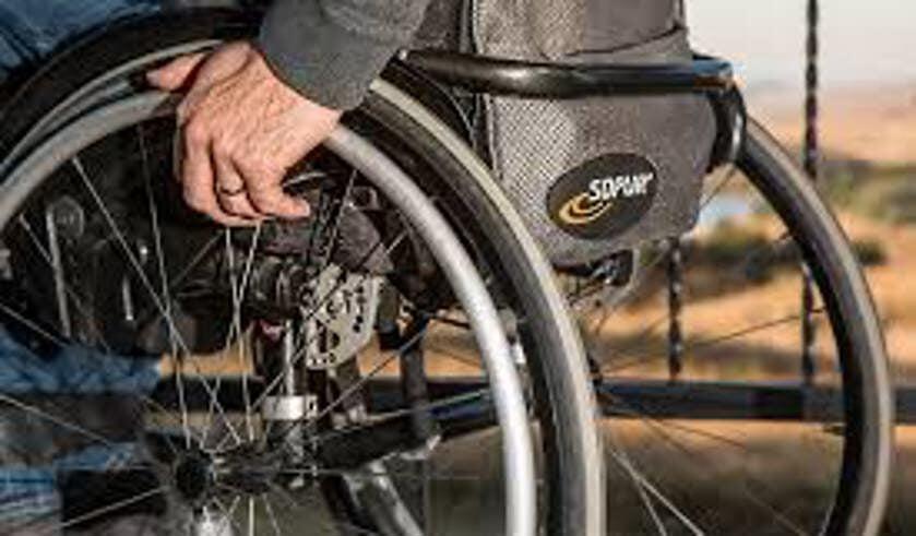<p>Hoe kunnen we ervoor zorgen dat ook iedereen met een beperking mee kan doen in onze lokale samenleving </p>