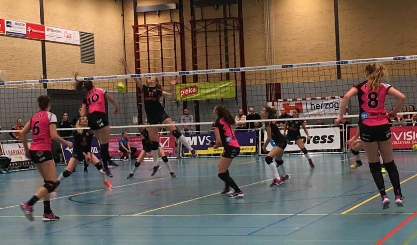 <p>FAST heeft zaterdagmiddag een nederlaag geleden tegen Laudame Financials VCN in Capelle a/d IJssel. </p>