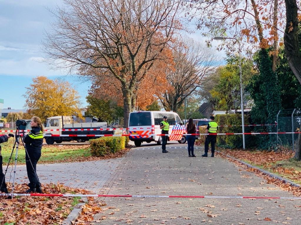 Recherche doet grootschalig extra onderzoek in twee woonwagens Hoogheuvelstraat   © Kliknieuws Oss