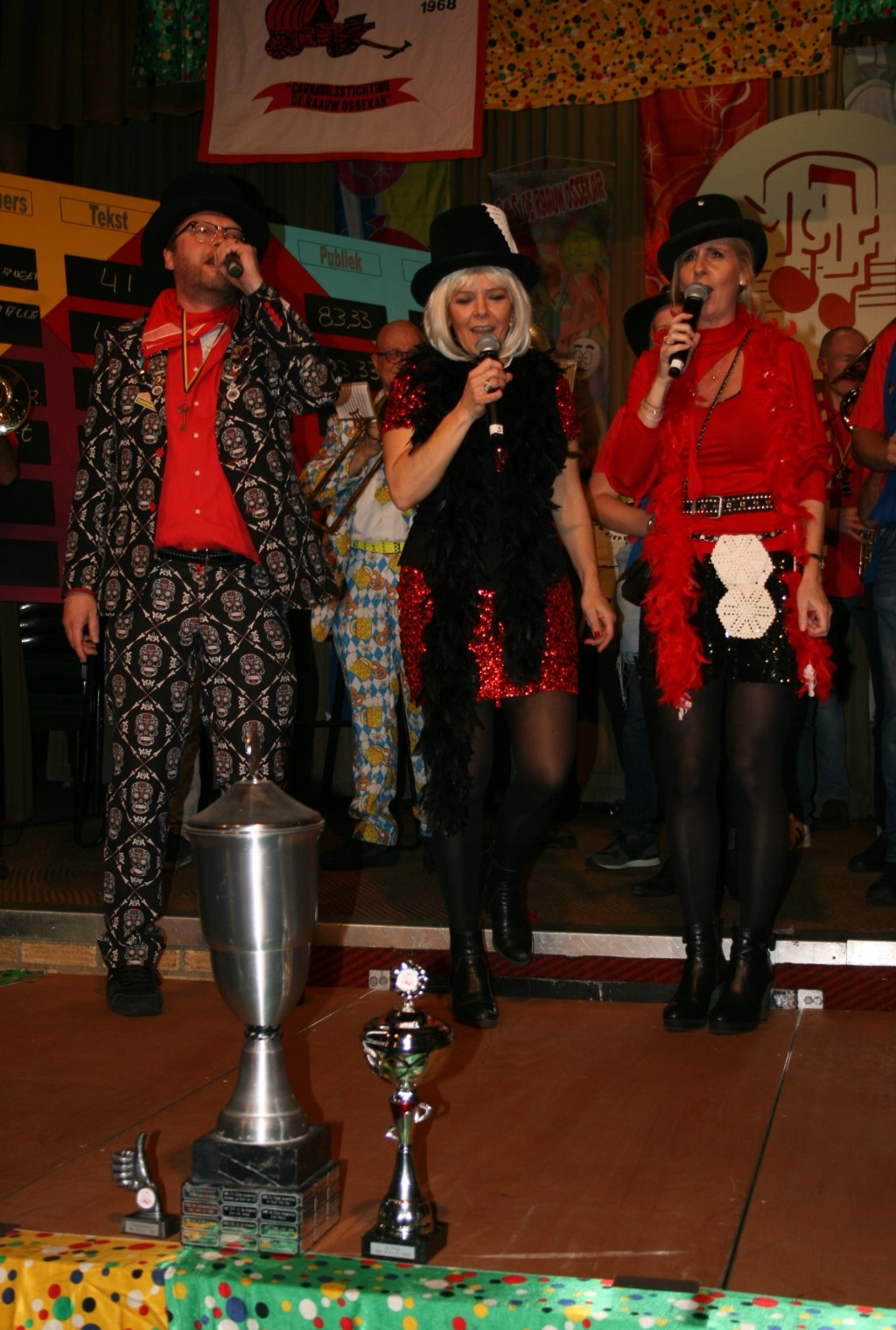 Overtuigende winnaars tijdens Maaslands Carnavals Liedjes Festival  © Kliknieuws Oss