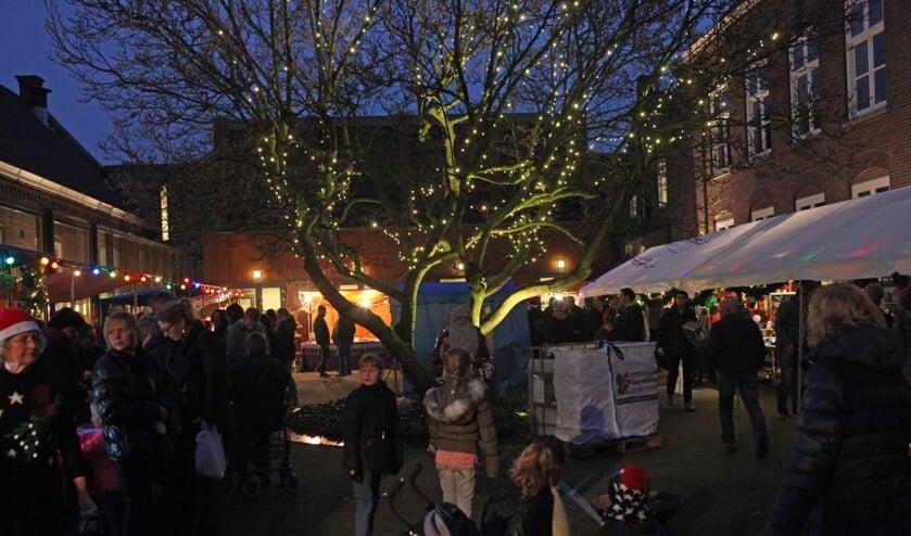 Altijd weer de gezellige en sfeervolle kerstmarkt in Zijtaart