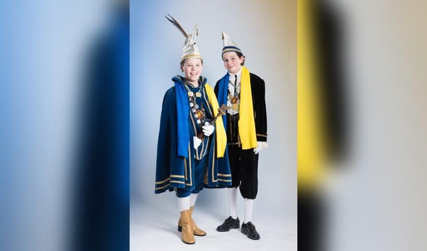 Jeugdprins Beau en adjudant Sjoerd in Ossekoppenrijk