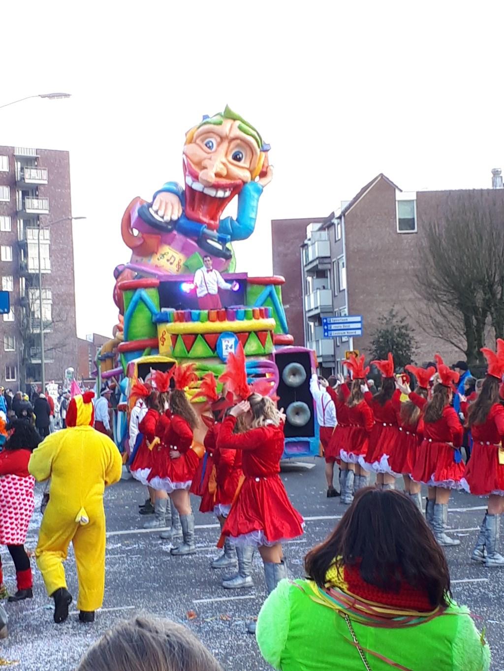 Carnaval in Oss. (Foto: Toon Falke)  © Kliknieuws Oss