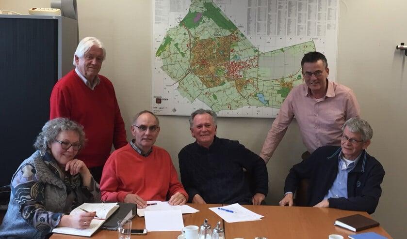 V.l.n.r: Jeanny Rutten, Wen Spelbrink, Erik de Jong, Theo van den Boogaart, Berry Dufornee, Harry de Wind