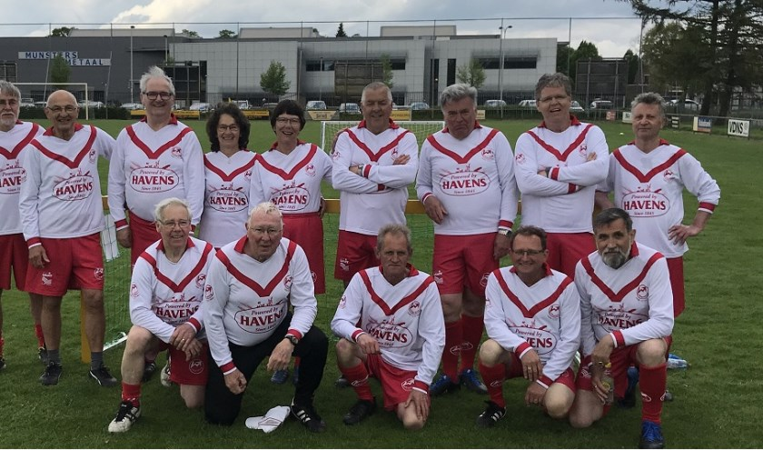 Het Vierlingsbeekse team.