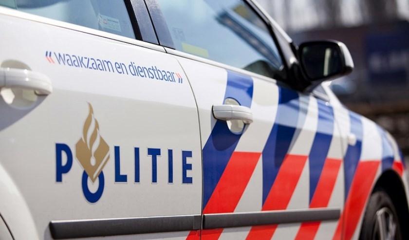 Politie Boxmeer is op zoek naar de bestuurder of mensen die hem of haar kennen.