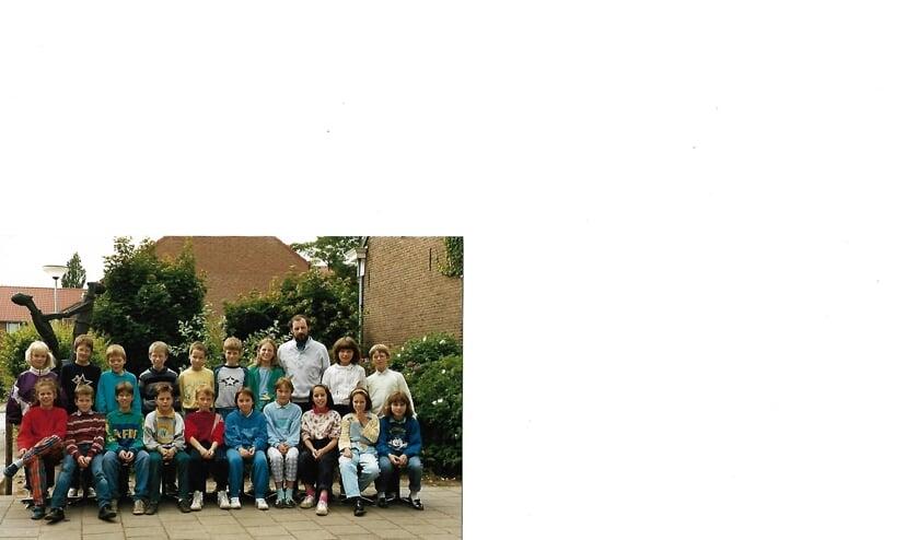 Een oude klassenfoto van De Biest.