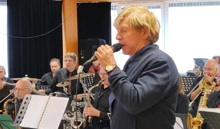 Addy van den Krommenacker op de repetitie van afgelopen zondag. (foto: Kunst & Co)